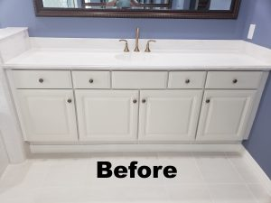 Before picture of bathroom cabinet refacing